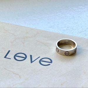 Brand new Cartier LOVE RING PLATINUM